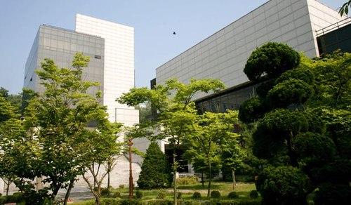 du-hoc-han-quoc-dh-seoul-2