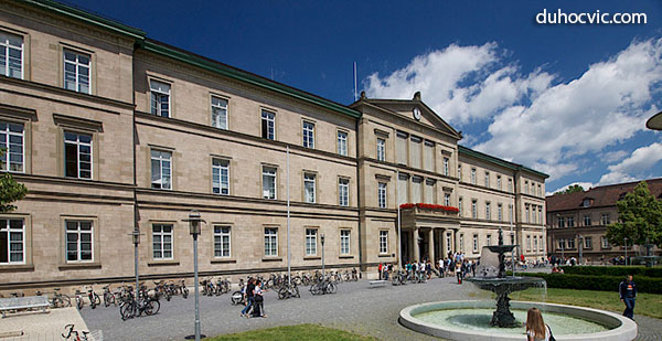 Khuôn viên Đại học Tübingen