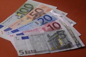 Những giấy tờ cần nộp xin visa du học Pháp