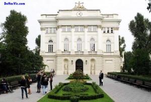 Du Học Ba Lan – Đại Học Warsaw