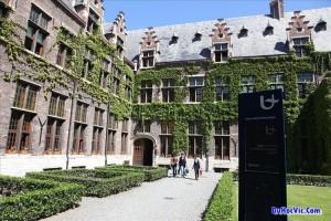 Đại học Antwerp