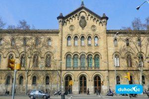 Đại học Barcelona