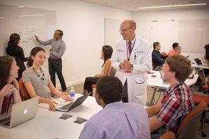 Các trường ĐH thuộc Top đầu ở Mỹ nhận hồ sơ thấp kỉ lục