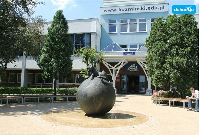 Đại học Kozminski - trường kinh doanh hàng đầu Warsaw