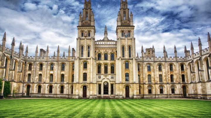 chọn một trường đại học phù hợp hay hàng đầu khi du học