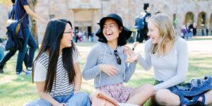 4 cách đánh bại nỗi nhớ nhà khi đi du học
