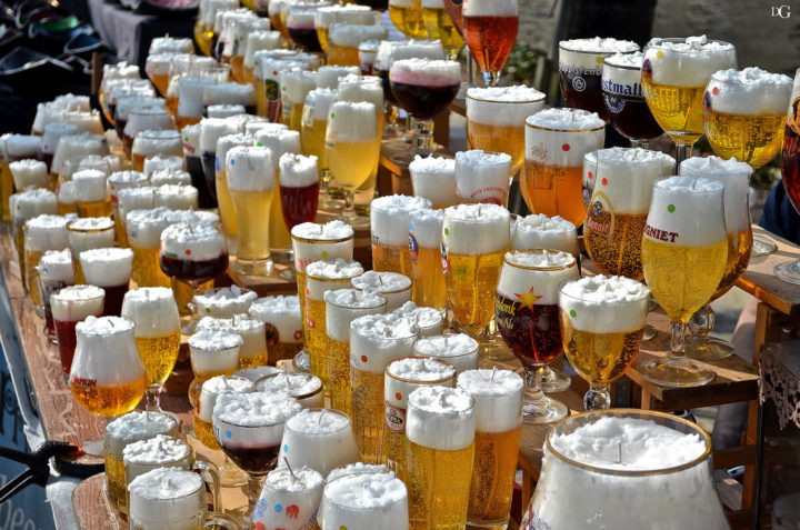 truyền thống uống bi ở bỉ