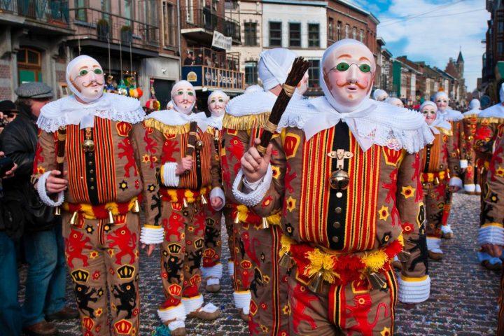 lễ hội hóa trang Carnival of Binche ở bỉ