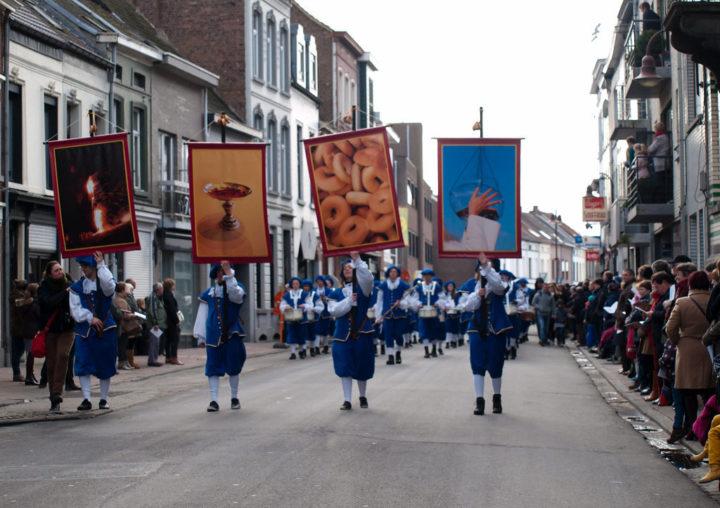 lễ hội Krakelingen và Tonnekensbrand
