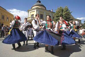 Tìm hiểu văn hóa và phong tục tập quán ở Hungary