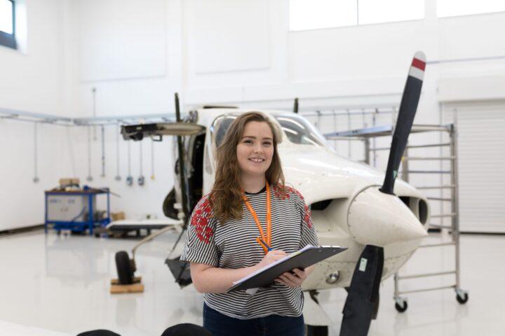 cơ hội trở thành nhà thiết kế hàng không