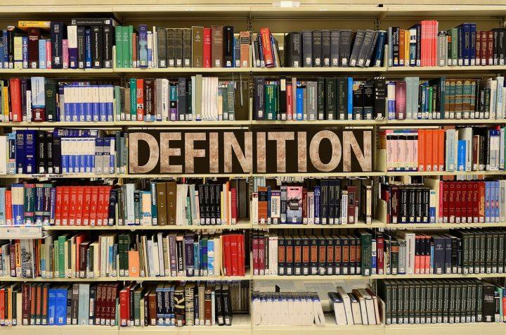 không nên mang theo nhiều sách khi đi du học