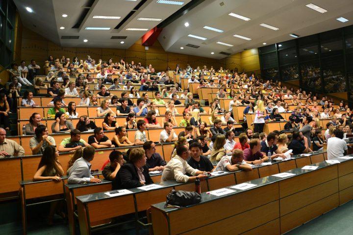 sinh viên quốc tế du học Séc