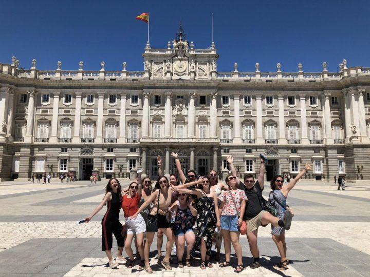cộng đồng sinh viên du học Tây Ban Nha rất đông