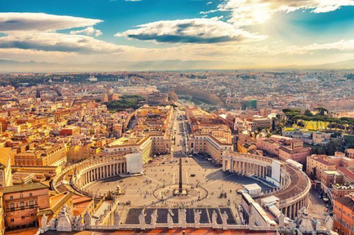 Thành Vatican ở nước Ý